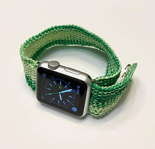 Artisanal Knitted Apple Watch Band (38mm, 40mm, 42mm, 44mm). Handmade and unique iwatch strap. Good for sleep.