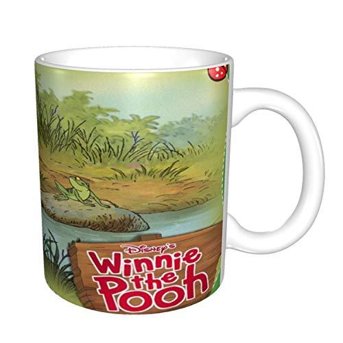 Winnie The Pooh Taza de café navideño, taza de café de vacaciones, divertidas tazas de la película de Navidad de la familia, amigos en caja decorativa de regalo de Navidad (11 oz)
