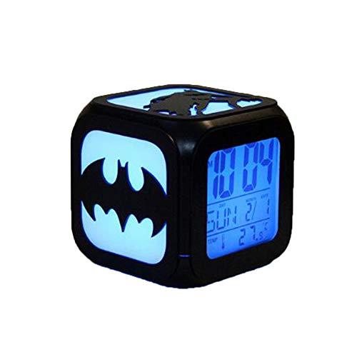Superhéroe Batman Despertador 3D Estéreo Mudo Luz De Noche LED Reloj Electrónico Juego Derecho (Carga USB De Siete Colores)