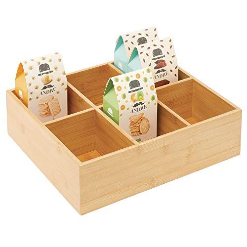 mDesign Teebox – elegante Aufbewahrungsbox mit 6 Fächern aus Bambus und mit Acryldeckel – Holzkiste mit Deckel für Teebeutel, Teeei, Gewürze und Co. – naturfarben