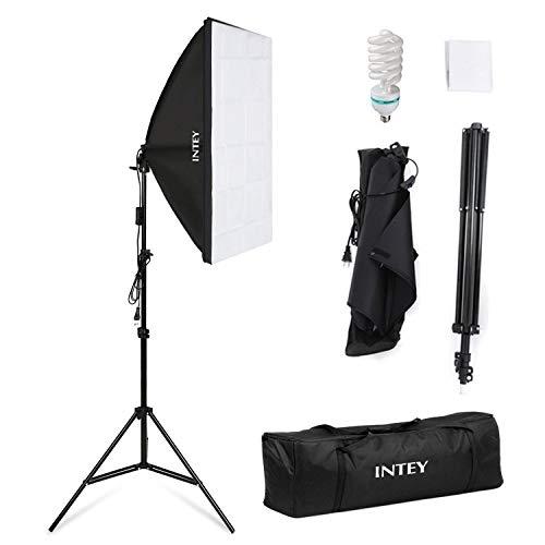 Amzdeal Softbox Kit Fotografico 50x70cm con Lampadina 85W E27, Treppiedi Max 200cm e Sacchetto, Effetti di Luce Morbida