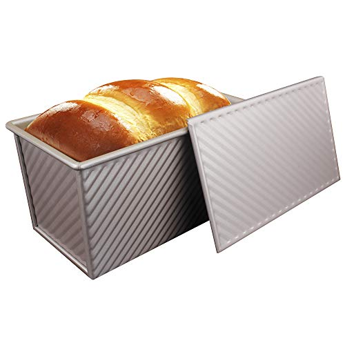 MyLifeUNIT Nonstick Loaf Pan, Aluminized Steel Bread Toast Mold with Cover, 8.5 x 4.8 x 4.5 inch,Gold