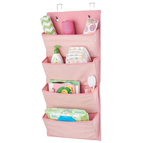 mDesign Hängeaufbewahrung mit 4 großen Taschen – Kinderzimmer Aufbewahrung für Kinderschuhe, Accessoires und Kleidung – Taschengarderobe zum Hängen – rosa