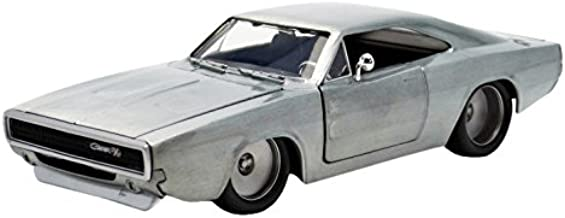 Jada Toys Fast & Furious Diecast '68 Dodge Charger R/T Vehicle (1: 24 Scale)