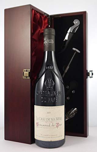 Chateauneuf du Pape Domaine du Pere Pape 2009 La Crau de Ma Mere en una caja de regalo forrada de seda con cuatro accesorios de vino, 1 x 750ml