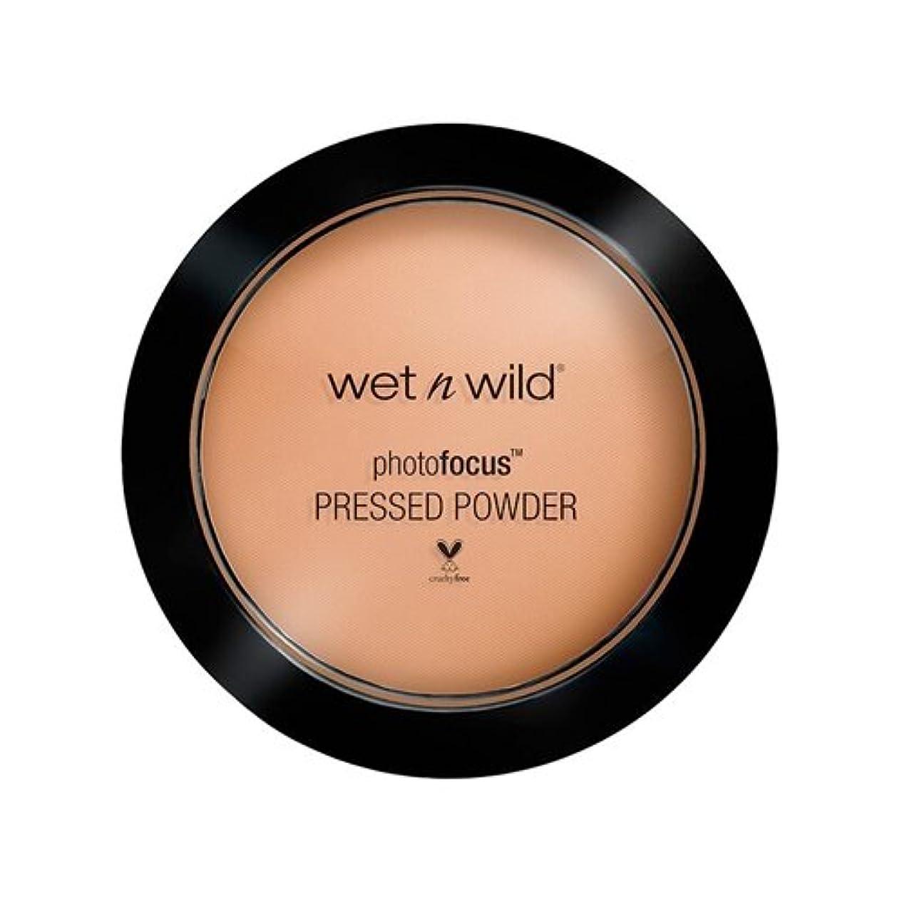 販売員協力する光沢のある(3 Pack) WET N WILD Photo Focus Pressed Powder - Golden Tan (並行輸入品)
