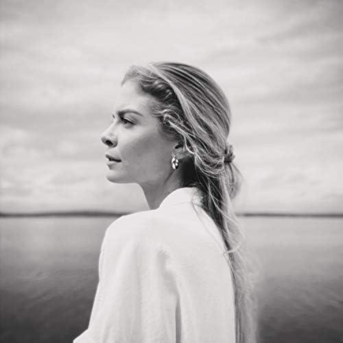 Lauren Duski