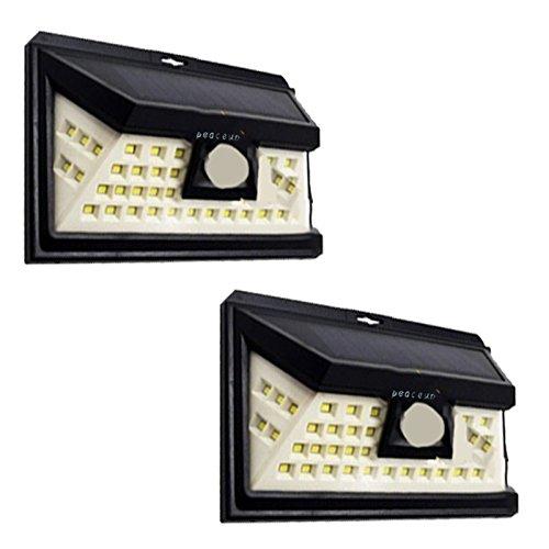 2個セット peaceup 46LED 人感センサーライト ソーラーライト 屋外照明 防水防雨IP65仕様 3つの照明モード 120度広角センサー 高輝度LED 広角ライト 自動点灯消灯照明 太陽光発電 防犯ライト 安心保証 10001715