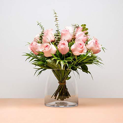 Ramo de 12 Rosas claras - Oia - Envío de Ramos de Flores Naturales a Domicilio 24h Gratis - Flores Frescas - Tarjeta dedicatoria incluida de Regalo - Caja Especial para Ramos de Flores Naturales……