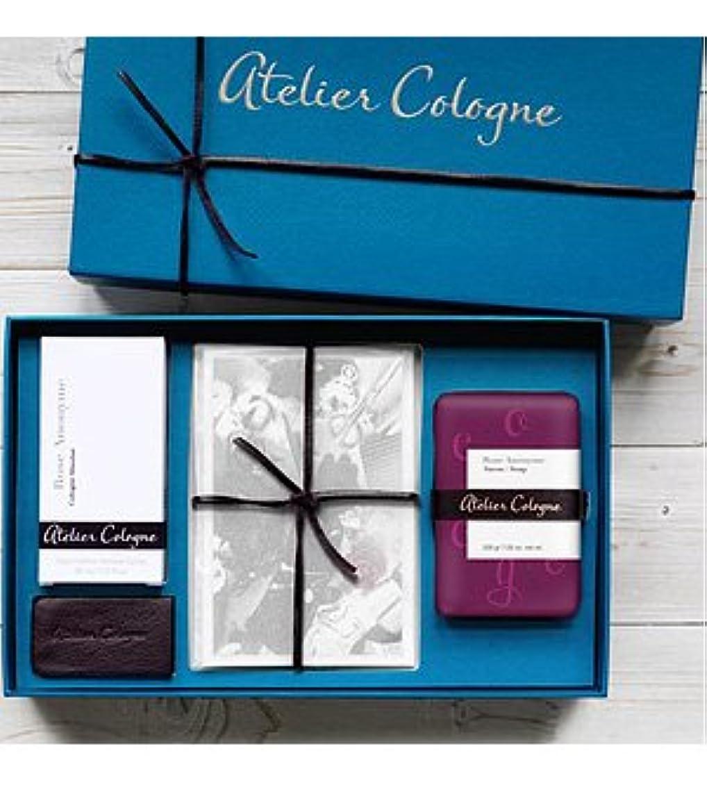 無効にするサミュエル専門知識Atelier Cologne - Coffret Baguette - Rose Anonyme (アトリエ コロン ローズ アノニメ ギフトセット)