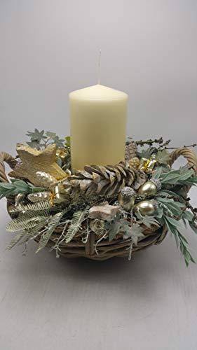 Weihnachtsgesteck Adventsgesteck Kunstfloristik Kerze Eicheln Zapfen Stern Korb