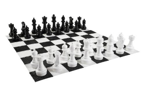 schachfiguren outdoor