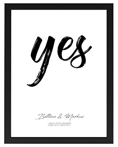 PICSonPAPER Personalisiertes Poster zur Hochzeit 30 cm x 40 cm Yes, gerahmt mit schwarzem Bilderrahmen, Hochzeitsgeschenk für Brautpaar (Schwarz gerahmt 30 cm x 40 cm)