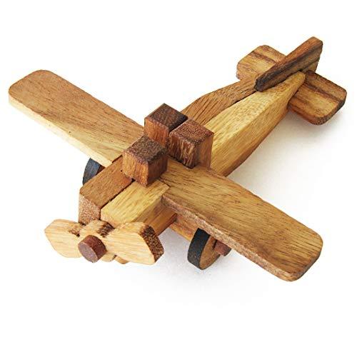 AVION - jeu casse tête à partir de 7 ans en bois massif, normes CE. Difficulté 2/6 marque française Le Délirant, un puzzle de 9 pièces à démonter et assembler de nouveau, solution fournie en français.