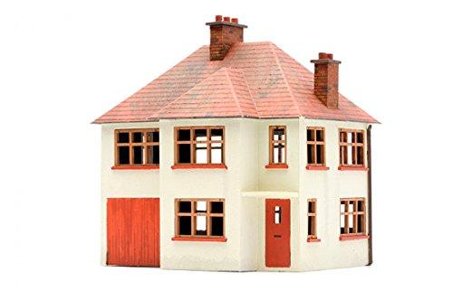 Dapol Model Railway Detached House Plastic Kit - OO Scale 1/76