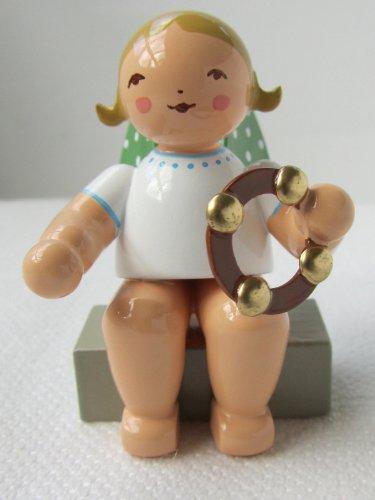 Wendt & Kühn Engel mit Schellenring sitzend Größe 5 cm