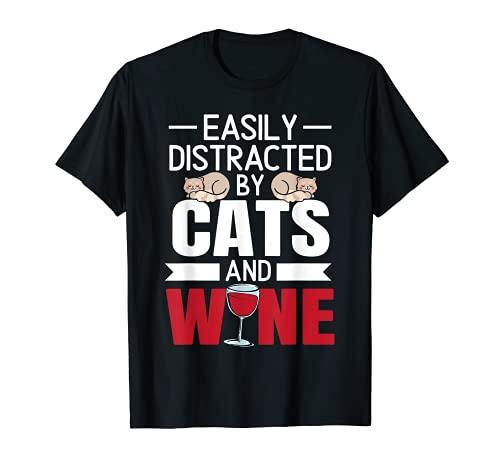 Fácilmente distraído por los gatos y el vino beber gatito Meow Camiseta