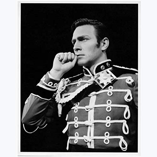 Lsjuee Christopher Plummer Film Actor Artist Black and White Handsome HD Print Poster Canvas Painting Wall Art Home Decor Artwork Print On Canvas -50x70cm No Frame