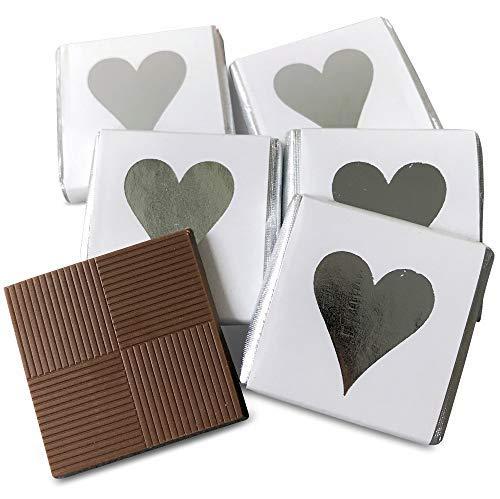 FLAIRELLE Schokotäfelchen, Feine Schokolade in silberner Folie und weißem Papier bedruckt mit Herz...