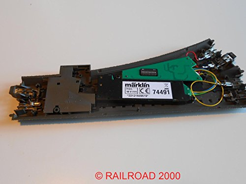 Märklin 24612 - gerade C-Gleis Weiche rechts incl. Decoder + Antrieb