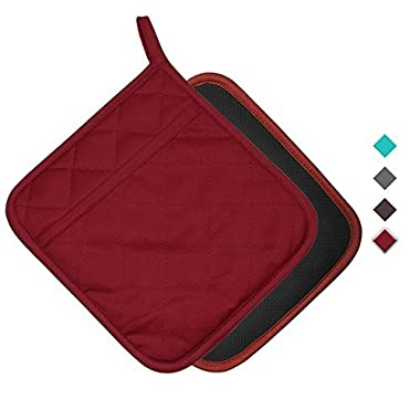 YEKOO Cotton and Neoprene Oven Pot Holder with Pocket 8 x8.5  Dual-Function Hot Pad Set for Finger Hand Wrist Protection Heat Resistant to 428°F Red
