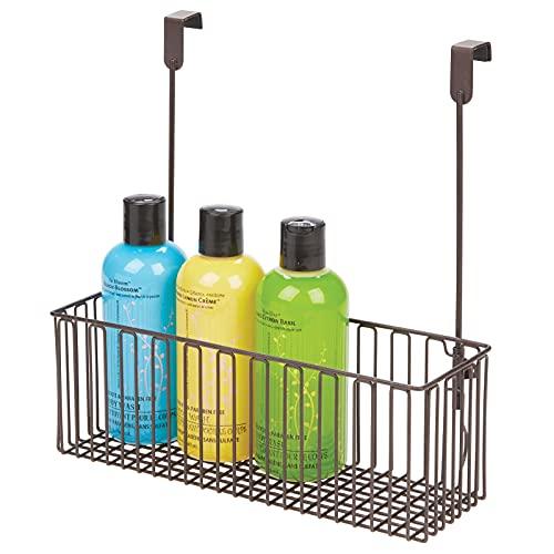 mDesign Aufbewahrungskorb für Badutensilien – praktischer Regalkorb aus Metall für Shampoo, Duschgel etc. – einfach zu montierender Schrankkorb zum Hängen – bronzefarben