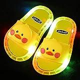 Perferct Chanclas Mujer Fila,Zapatillas Luminosas LED, Zapatillas Antideslizantes de Soft-SOBLED PVC, Sandalias de baño para niños, Chicas y Chanclas, niños pequeños-Amarillo b_UE 23