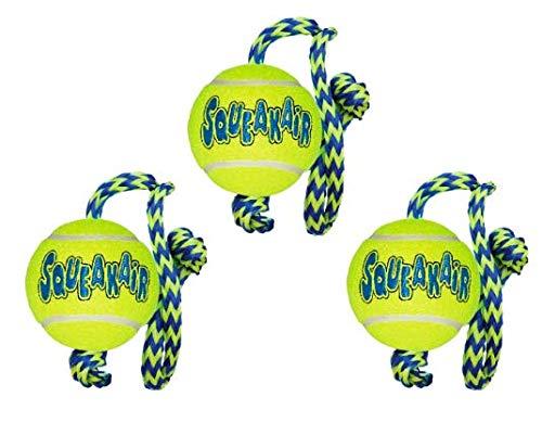 KONG SqueakAir Hundespielzeug Ball mit Seil, Medium, 3 Stück