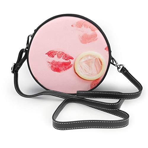 Umhängetaschen Frauen runde Taschen Weiß Kondom Isoliert Und Lippenstift Küsse Auf Rosa Hintergrund Crossbody Leder Kreistasche