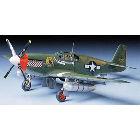 Tamiya 300061042 - Modellino di Caccia statunitense della seconda Guerra Mondiale P-51B Mustang, in Scala 1:48
