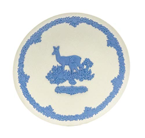 Wedgwood Jasperware 1979 Mother's Day Collector's Plate, Blue Relief Deer & Fawns on White Jasper 6.5-Inch Plate w/Gift Box