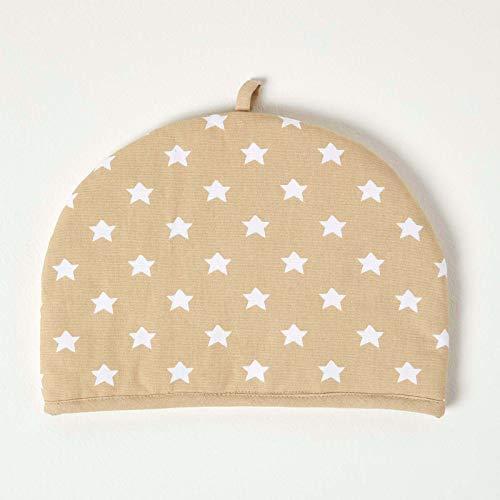 Homescapes Funda para tetera con diseno de estrellas beiges en fondo blanco