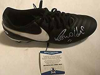 Ronaldo Brazil Madrid Autographed Signed Right Soccer Cleat Beckett Witnessed Coa - Certified Signature