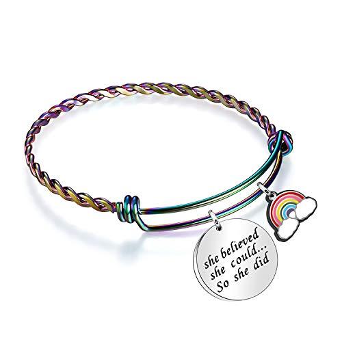 KENYG Novelty Twist Gradient Kleur Verstelbare Armband Bangle Ze geloofde dat ze kon zodat ze deed Inpirationele Armband voor Vrienden Zusters Dochter Kerstmis Verjaardagscadeaus