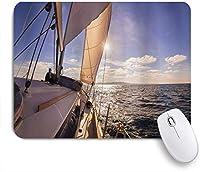 KAPANOUマウスパッド ヨット航海帆船広い海太陽光線船ライフスタイル海 ゲーミング オフィス おしゃれ 防水 耐久性が良い 滑り止めゴム底 ゲーミングなど適用 マウス 用ノートブックコンピュータマウスマット