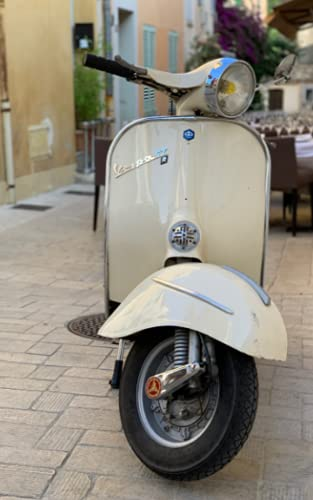 Vespa Alfresco: Italian Motor Scooter Photograph Cover, Lined Notebook / Journal