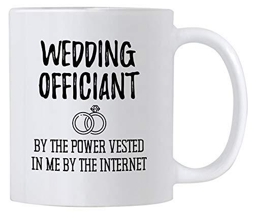 Leona Chesterton Divertido Regalo de Boda Oficial. Taza de café de cerámica de 11 oz. por el Poder adquirido en mí por Internet. Ideas para Regalos de mordaza.