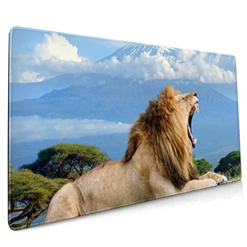 Langes Mousepad (35,5 x 15,8 Zoll) Löwe auf dem Kilimanjaro Mount National Desk Pad Tastaturmatte, rutschfeste Basis, wasserdicht, für Arbeit & Spiele, Büro & HOM