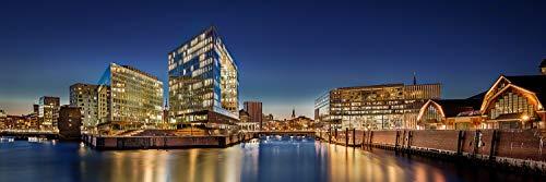 Acrylglasbild in feinster Galerie Qualität. Zentrum von Hamburg mit Speicherstadt. Panoramabild als Glasbild aus Acrylglas. Kunst Wandbild | Wand Glas Bild | Fotografie