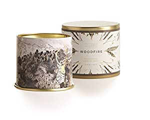 Cedar wood and smoke accords blend with heady patchouli leaves and warm vanilla in this cozy winter scent. Gilded with gold accents, these tins will create the perfect ambiance for the season. Enjoy!