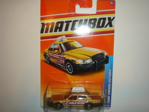 2011 Matchbox City Action Ford Crown Victoria Gold #68 of 100