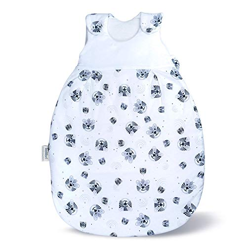 Baby Schlafsack & Strampler vom Kliniklieferant Nr. 1 | Für Alter 0 bis 12 Monate | Öko-Tex 100 zertifiziert | Sicher & Nachhaltig | Anti-Allergisch & Komfortabel Tiger Größe: 50/56