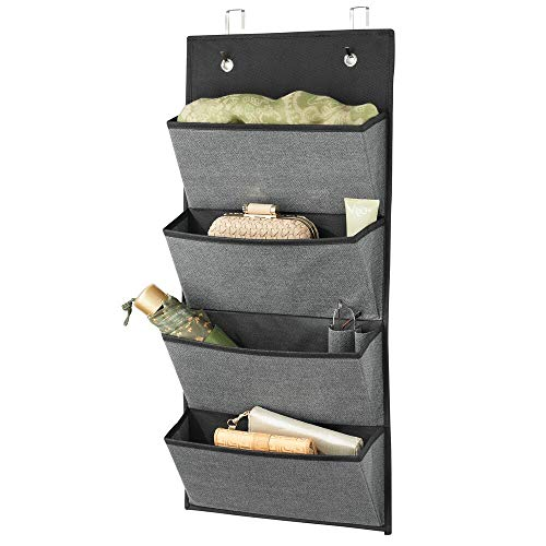 mDesign Organizador de armarios sin taladro – Colgador de ropa con 4 compartimentos grandes – Perchero de puerta multiusos para el cuarto de los niños y el dormitorio – gris pizarra/negro