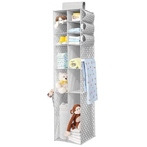 mDesign Organizador colgante – Organizador para ropa y zapatos con 16 compartimentos, ideal para el cuarto de los niños – Armario de tela con alegre diseño de puntos – gris/blanco