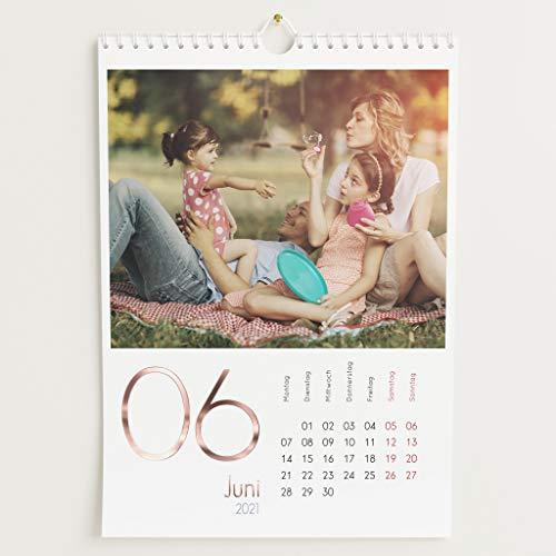 Fotokalender 2021 mit Veredelung in Roségold, Kalenderjahr, Wandkalender mit persönlichen Bildern, Kalender für Digitale Fotos, Spiralbindung, DIN A4 Hochformat