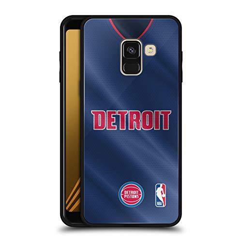 Officiële NBA Road Jersey 2018/19 Detroit Zuigers Zwarte Hybrid Glas Back Case Compatibel voor Samsung Galaxy A8 (2018)