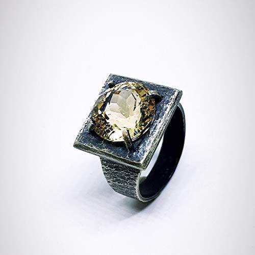 Impresionante anillo para hombre o mujer con magnífico Heliodoro de medidas 12,44 mm x 8,67 mm y 7.66 quilates, realizado totalmente a mano en Plata de ley. Anillo de diseño único.