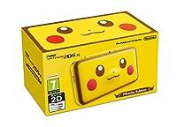 La console è caratterizzata sul fronte dal viso di Pikachu, ormai vero simbolo della saga, e anche il retro è completamente giallo Come le altre console New Nintendo 2DS XL, offre controlli migliorati, una maggiore potenza di elaborazione e il suppor...