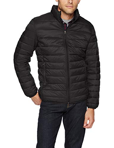 Amazon Essentials Men's Lightweight Water-Resistant Packable Puffer Jacket, Black, Small