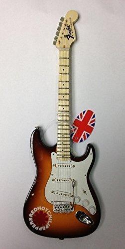 Baby axe Sammlerstück Miniatur-Gitarre ~ BA50 ~ RED HOT Chili Peppers